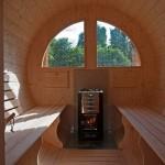Interno sauna 390, con stufa a legna